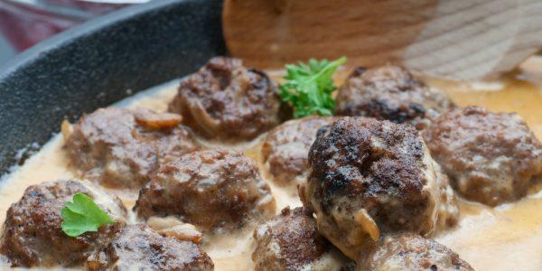 Cooking with Teresa Online Cookbook & Meal Planner Swedish Meatballs